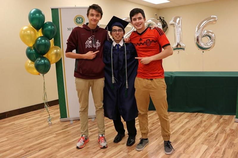 graduation3 (800x533)